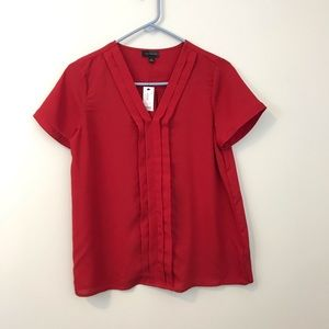 NWT the limited red short sleeve top, work, size S